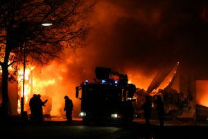 An Early Morning Fire in Chamberino Left Residents Speechless: No Victims