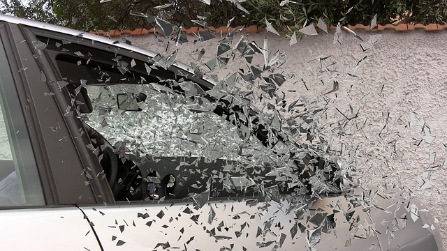 1 Dead, 1 Hospitalized in I-10 Crash